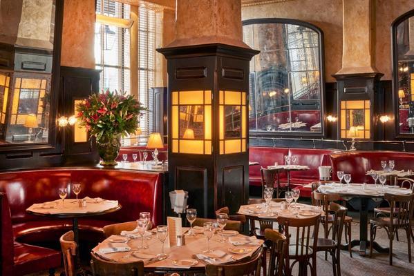 Cute date spots in Covent Garden