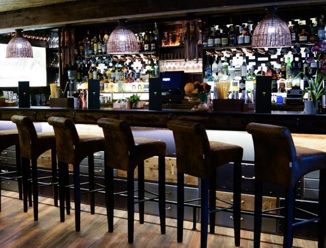 Image 5 from Laki Kane Cocktail Bar & Thai Restaurant Islington's image gallery'