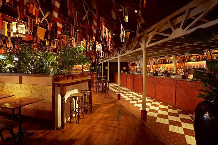 Image 2 from Mrs Fogg's Dockside Drinkery & Distillery's image gallery'