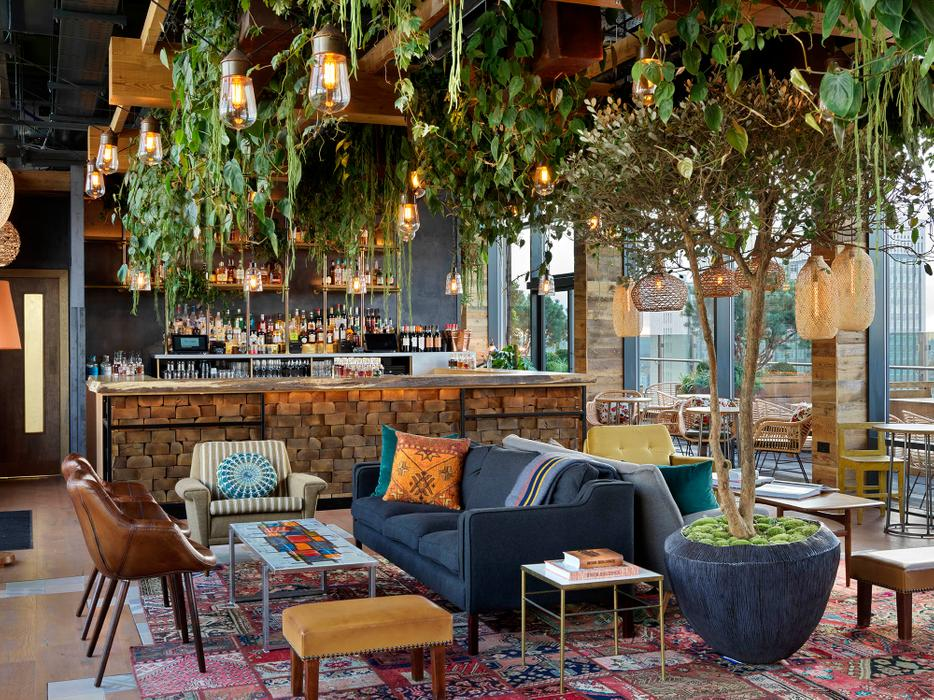 Treehouse Hotel - The Nest