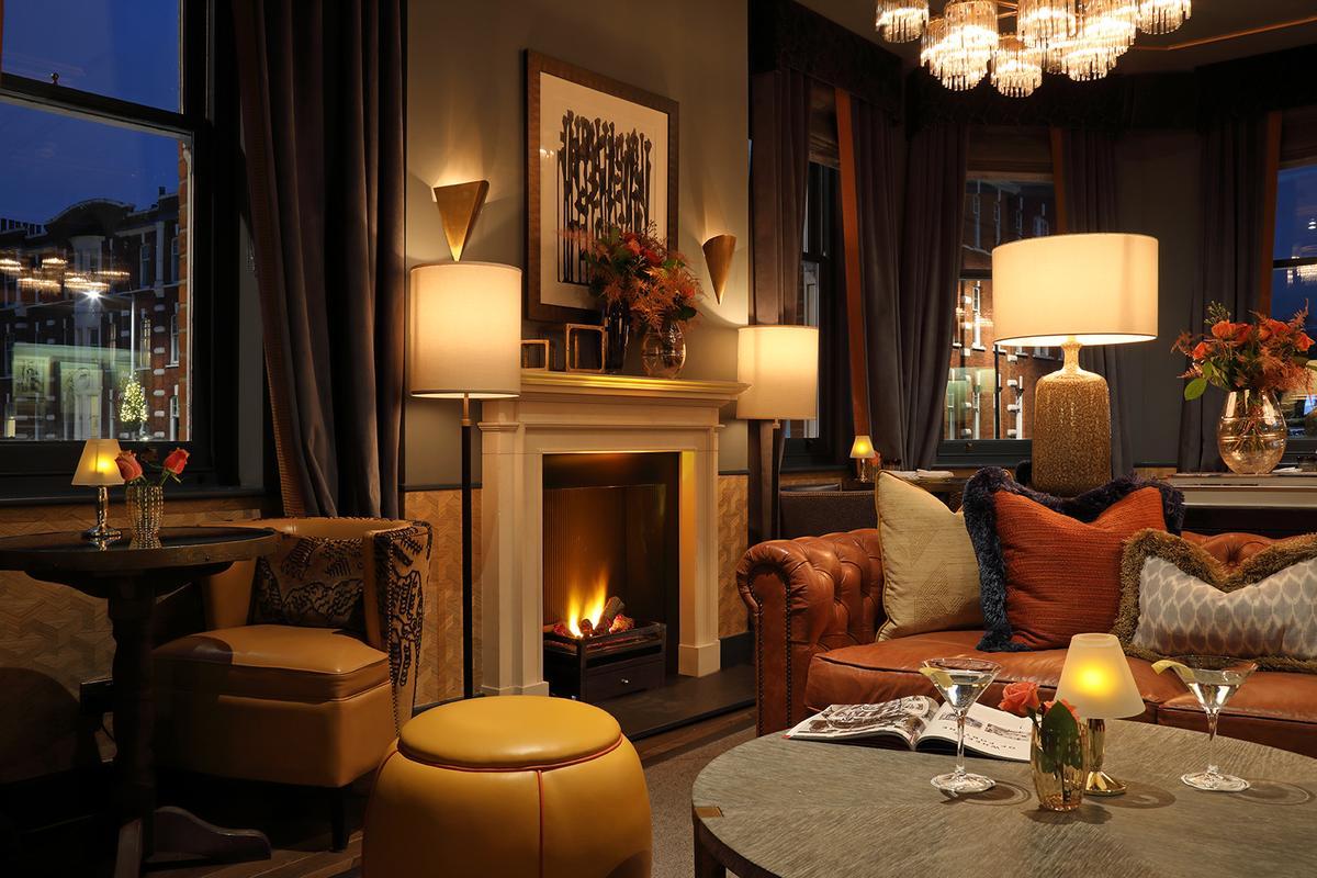 Albert's Club Room